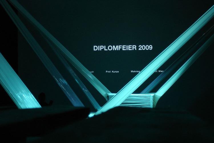 http://www.superquadra.net/files/gimgs/7_hsrm-wiesbaden-diplomfeier-superquadra-stock-01.jpg